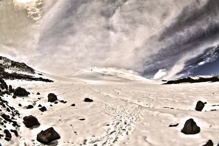 summit camp 3800 - north Elbrus