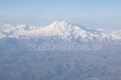 elbrus-from-airplane2